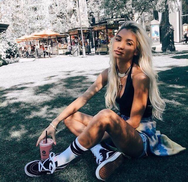 Chill at the park, yas or nah?