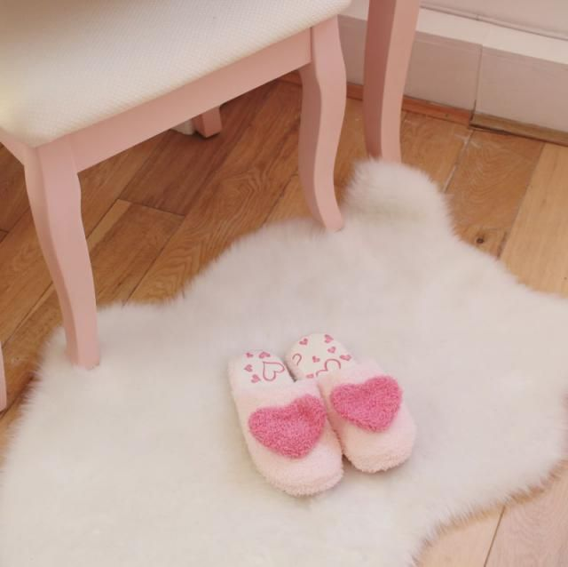 This slippers are addorable.