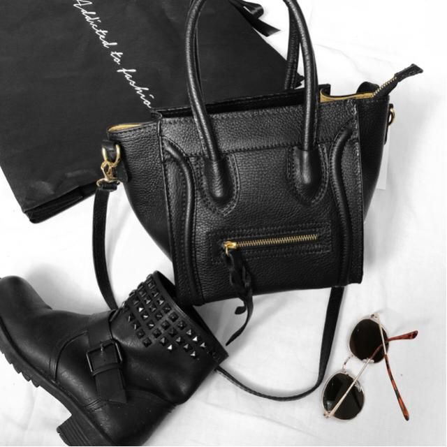 #           # obsessed over this bag