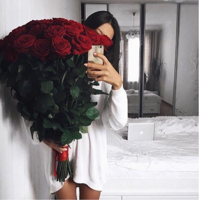 Like this post if you would love to receive flowers like this