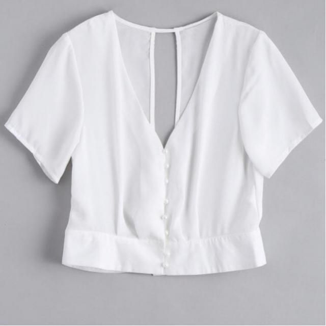 Crushing on this Chiffon blouse ❤️