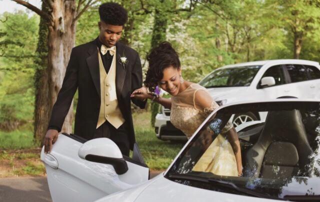 Junior prom!! I got to ride in my dream car :)