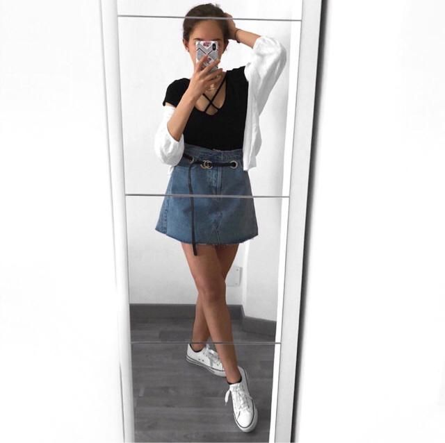 high waisted skirt is a must for summer