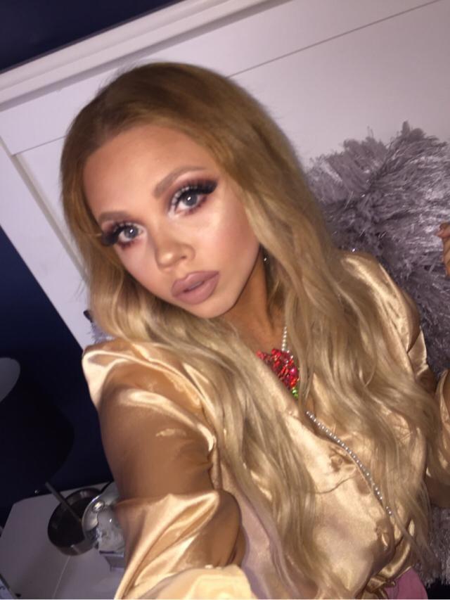 Do you like this makeup