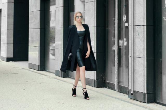 Elegance look. Total Black.