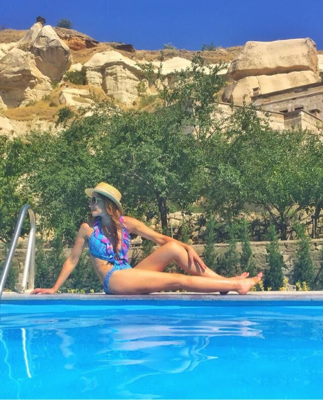 Chilling by the pool :)  Love  one piece swimsuits in blue   More on my IG @travelera.es