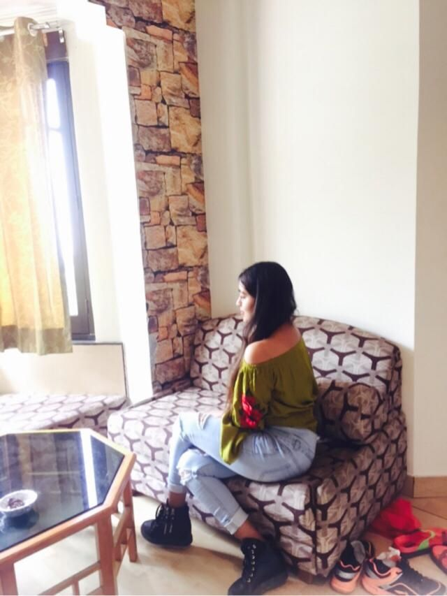 Always dress like u r going to meet ur worst enemy ♥️