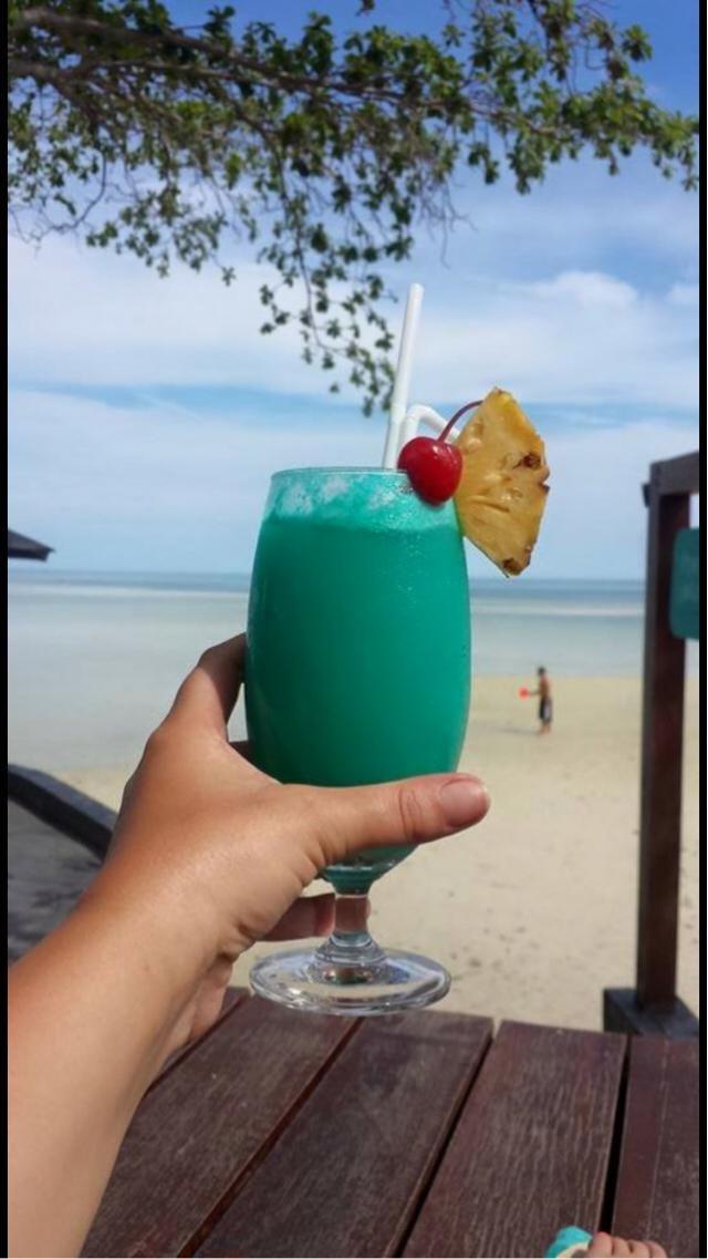 Thailand... I need a bikini this colour!