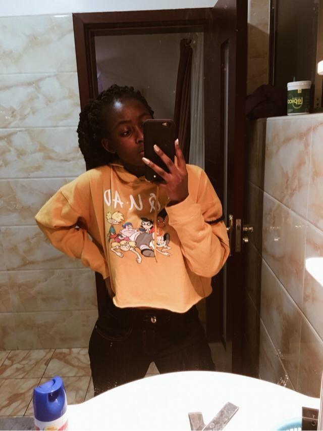Loving this crop hoodie
