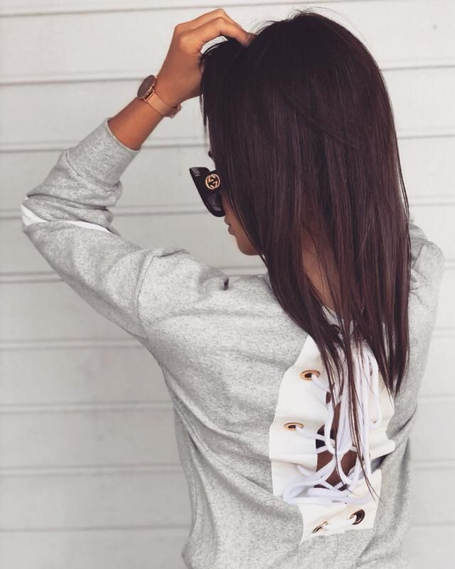 Love this ZIG ZAG BACK LACE UP SWEATSHIRT! What do you think?