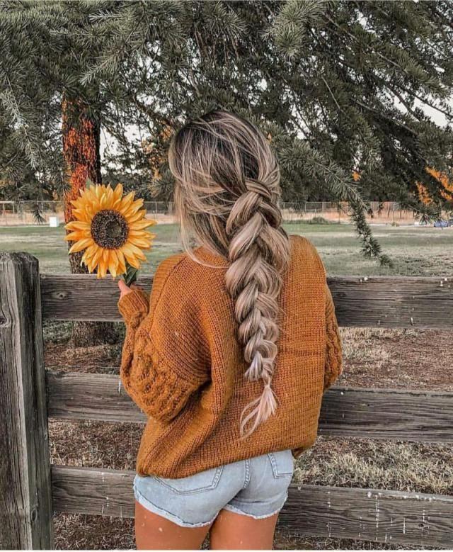 Sunflower type of girl