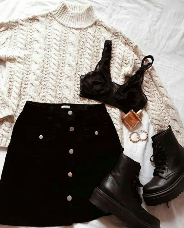 Daily Inspo: Two basic colours, two basic clothing pieces: what do you think of the white sweater + black skirt combina…
