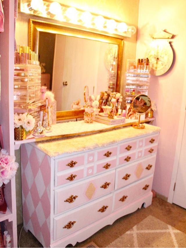 My makeup dresser