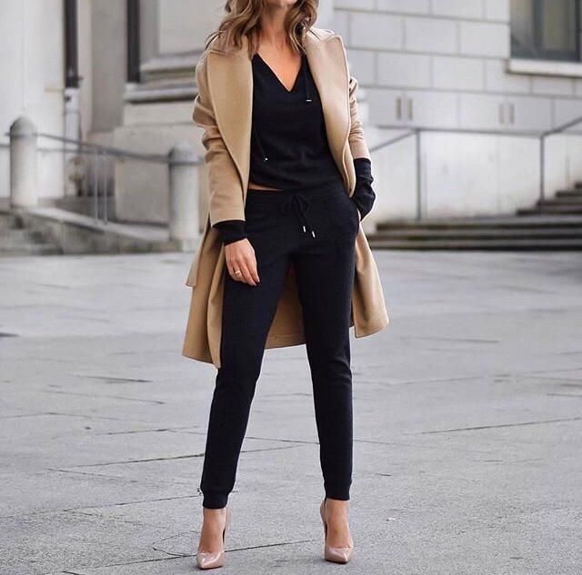 Love this outfit! Camel/beige & black are such a cute combo of colours.