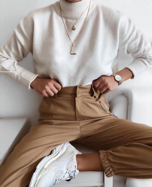 Jogger pants are awesome. But in a combination with beige sweater they are so beautiful.      