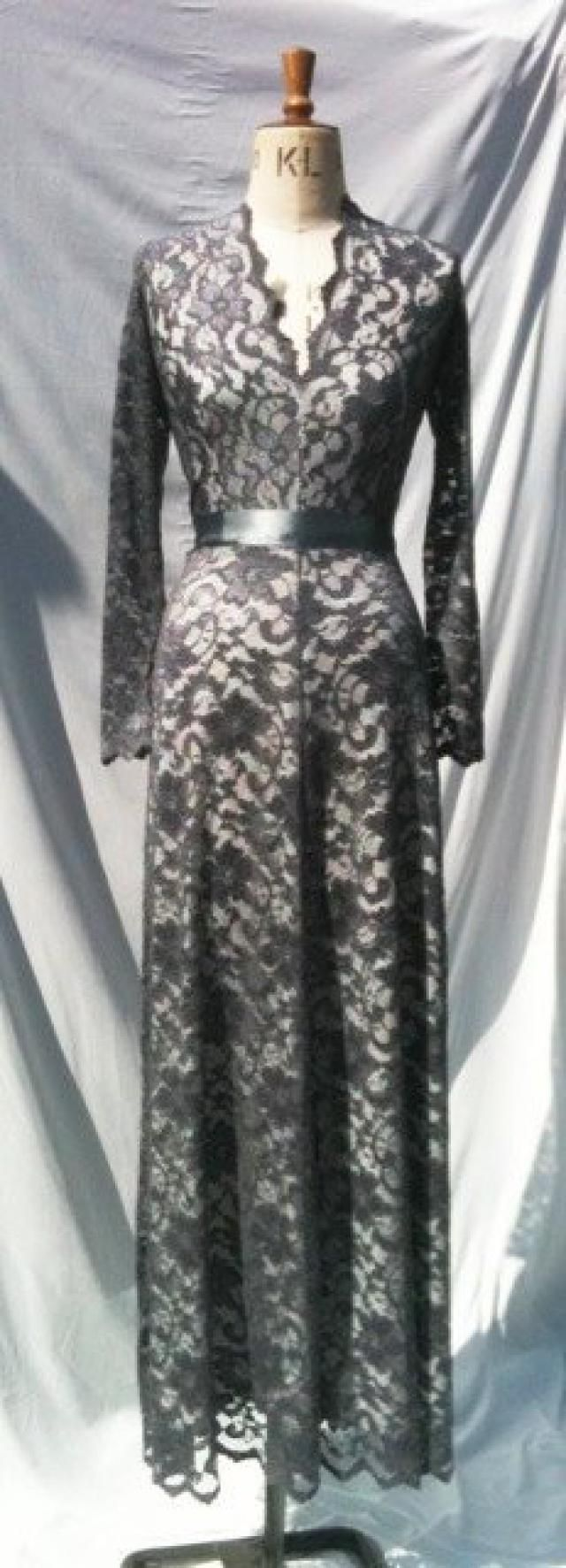 7067720486 Baylis   Knight Grey Ivory LACE Princess Kate Middleton Long Sleeve MAXI  Flared Skirt Low Cut