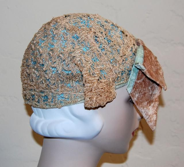 a0e242aebf3c0 Wonderful Vintage 20s Flapper Horsehair Winged Cloche Hat