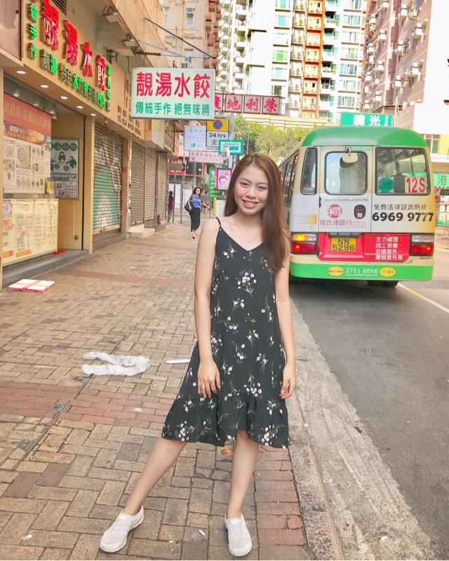 Can i pass as a local here in HK? ✌