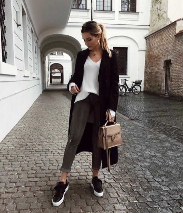 60f2b07d02  ladystyle after class I would go out in style on this weather   blackcardigan