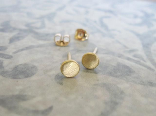 14k Solid Gold Studs Tiny Flat Post Earrings 3 5mm Circle Stud