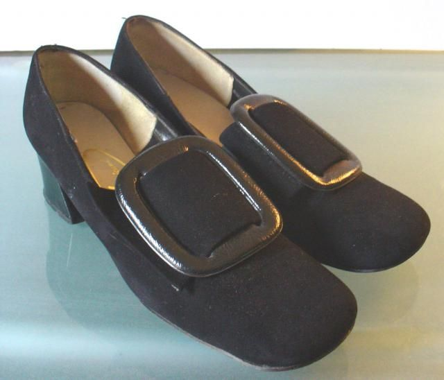 fd7662eedd9 Vintage Viva Americana Suede Pilgrim Buckle Shoes Size 7US