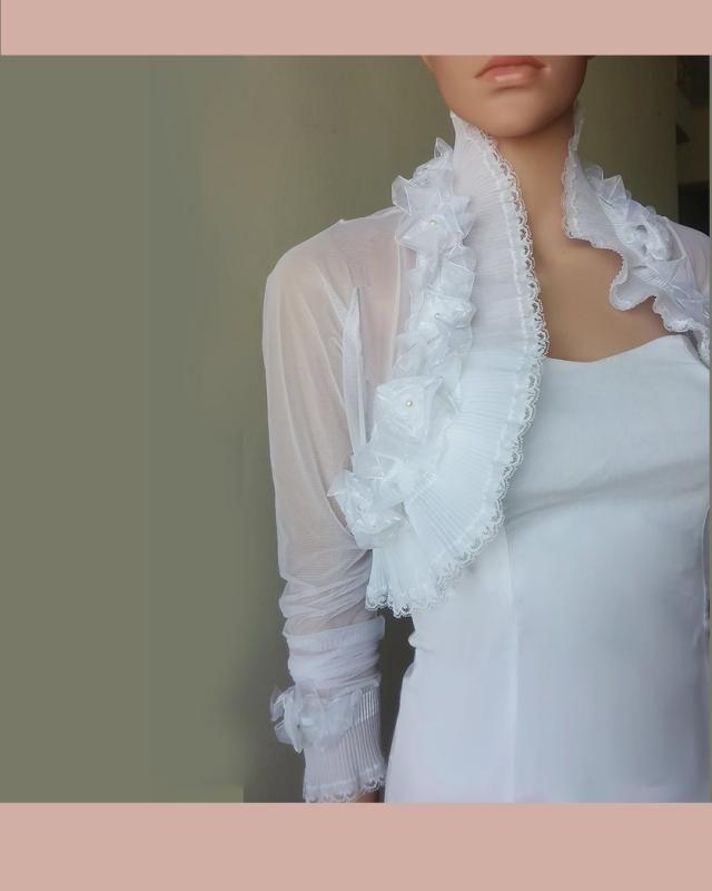 1da1fbf144 Wedding tulle jacket/bridal cover up/tulle bolero/ wrap with delicate lace  trim