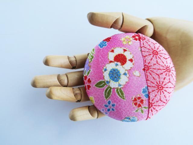 "e812673ff Japanese kimono pink brocade fabric brooch, 3,3"" handmade, fabric pin back"