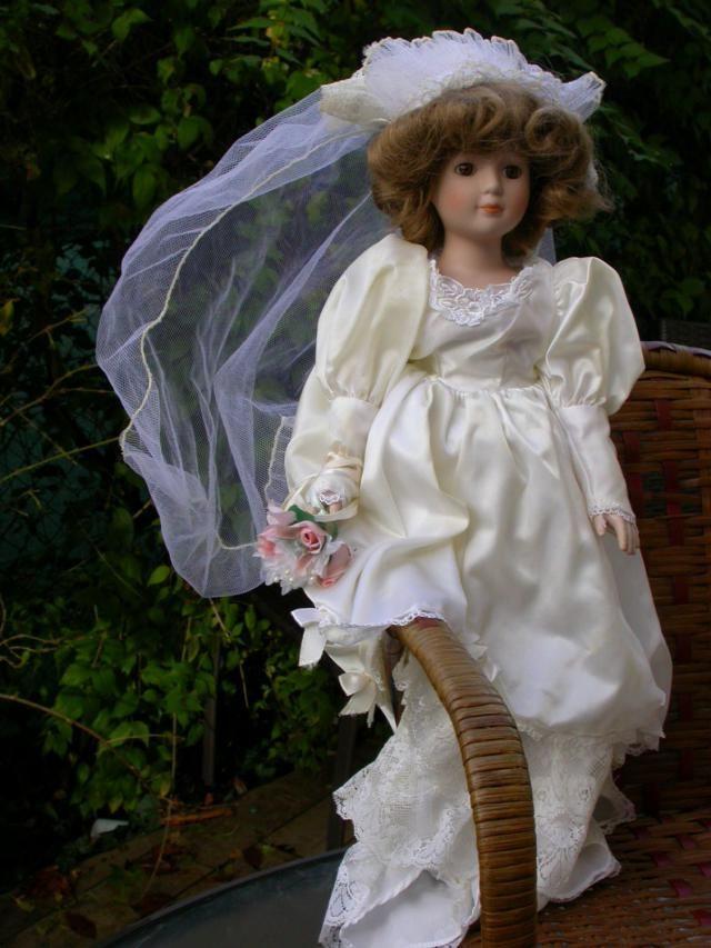 045493f35ac Lot 5pcs French antique vintage doll silk lace dress Bride dress brown  golden hair porcelain doll