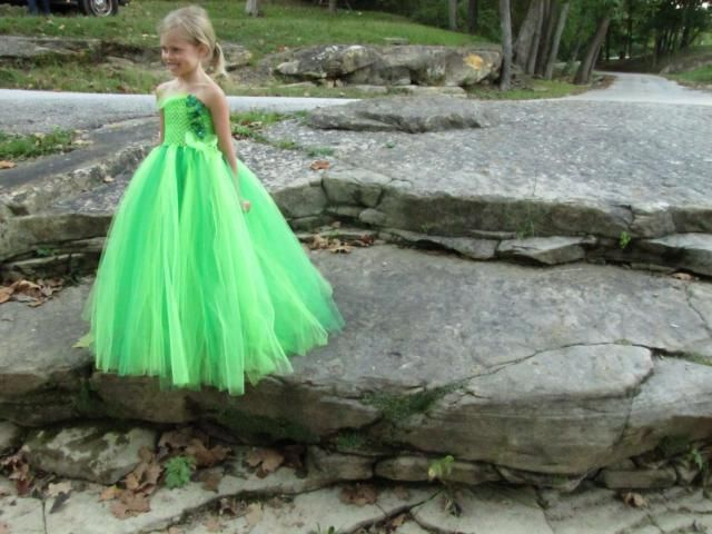 Girls Green Tulle Flower Girl Dress, Girls Flower Girl Dress, Girls Dress,  Green