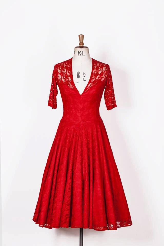 b3c8347afb Baylis   Knight Ruby Red Lace Sweetheart CIRCLE Princess Kate Middleton 3 4  Sleeve Flared