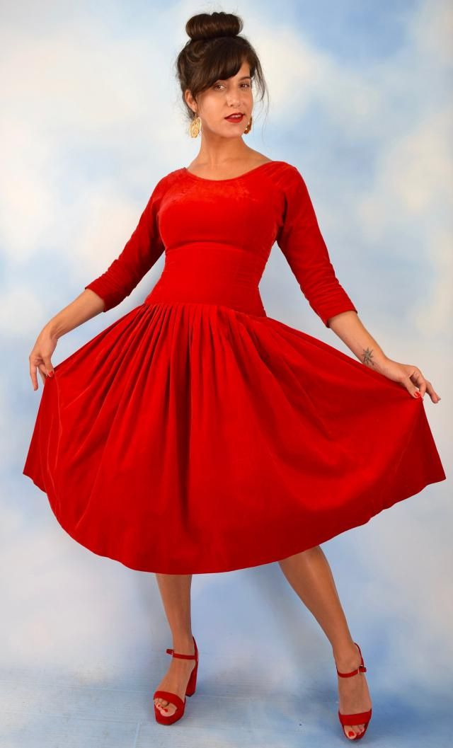 cdb54640178c Vintage 50s 60s Red Velvet Dropped Waist Pleated Dress (size xs, small)