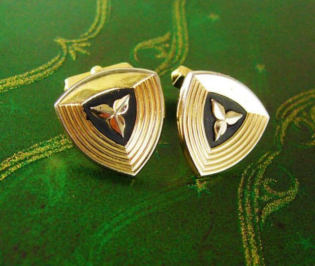 77fdcffd772d Swank Cufflinks Flower Black Enamel Cuff links Vintage Gold plated Triangle  mens gift estate formal wear