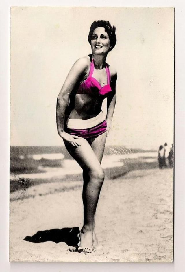 609d9955a17 Sexy pinup girl in swimsuit swimwear swim suit swimming suit erotic erotica  photo photograph pin up
