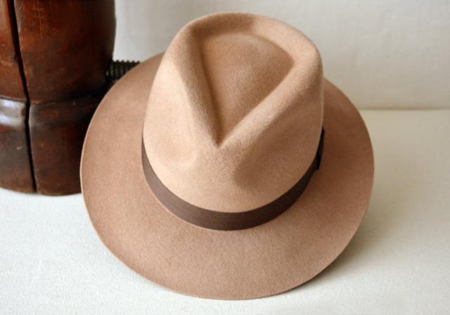 6f8730eb36a91 Light Camel Wool Felt Fedora - Wool Felt Handmade Teardrop Fedora Hat - Medium  Brim -