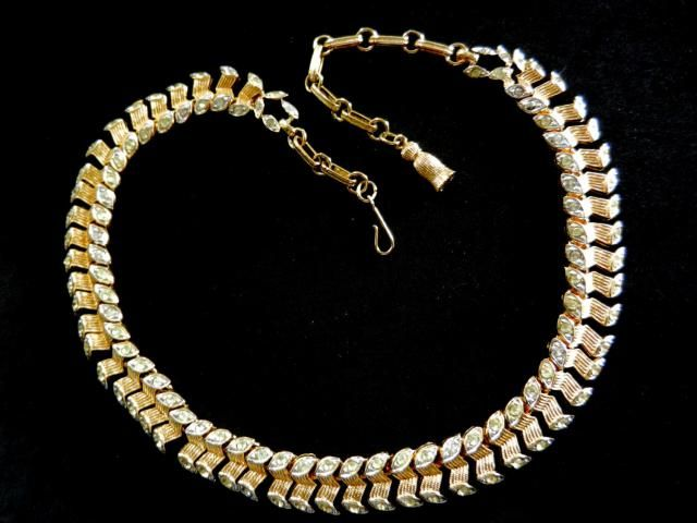 38d462a1c Antique Gold/Silver Crystals Unique Links Necklace -Francois(Coro)signed -  very