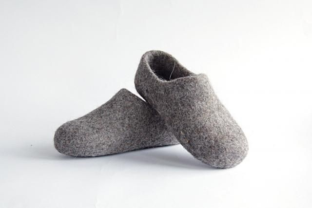 e77d9014942 Children felted organic wool clogs just grey - felted kids slippers -  eco-friendly children