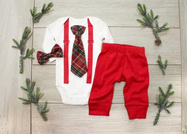 82cd8a3cf Baby Boy 1st Christmas Outfit. Baby Boy Tie and Suspenders. Infant Bowtie.  Newborn