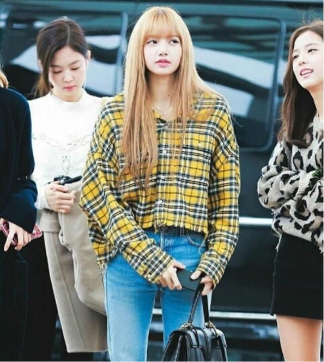 If you like BlackPink then you can get a similar Lisa's outfit here in Zaful ❤️❤️❤️❤️❤️