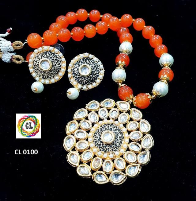 New deziner necklace sets • •