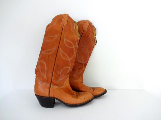 24a2b707 Vintage SCALLOPED Boots • Light Brown Leather Tan Western Tall Cowboy  Cowgirl • 1970s 80s Made