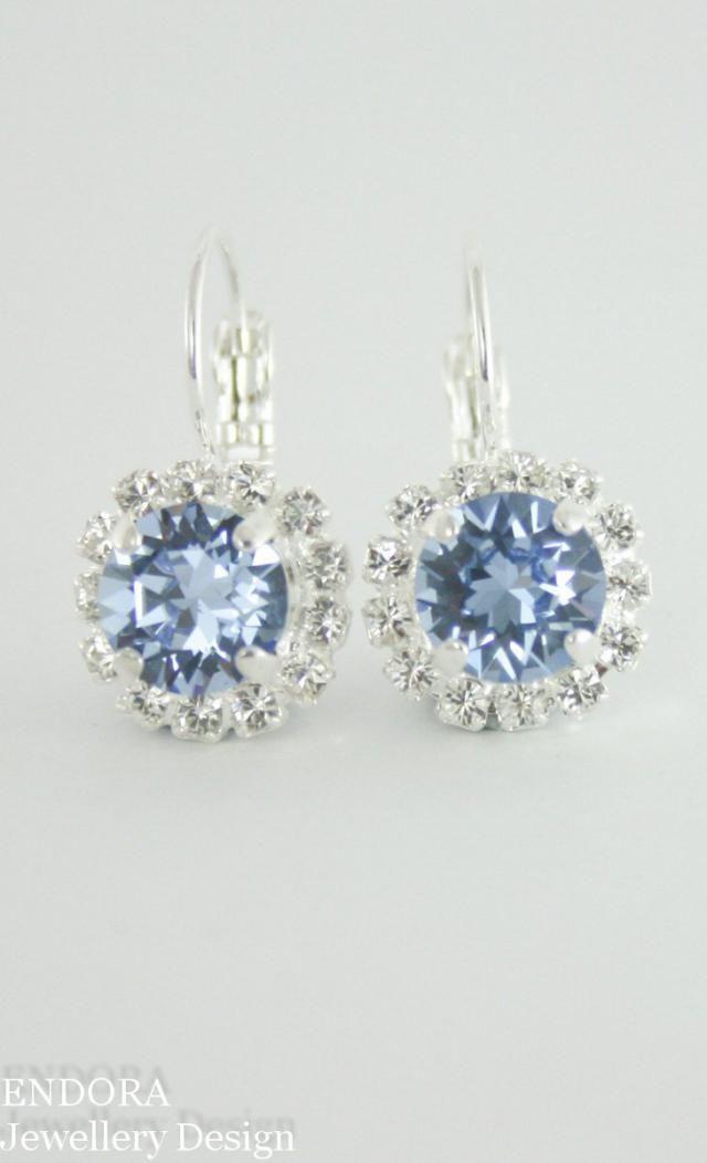 4ff41600d cornflower blue crystal earrings,light sapphire crystal earrings,swarovski  earring,swarovski,something