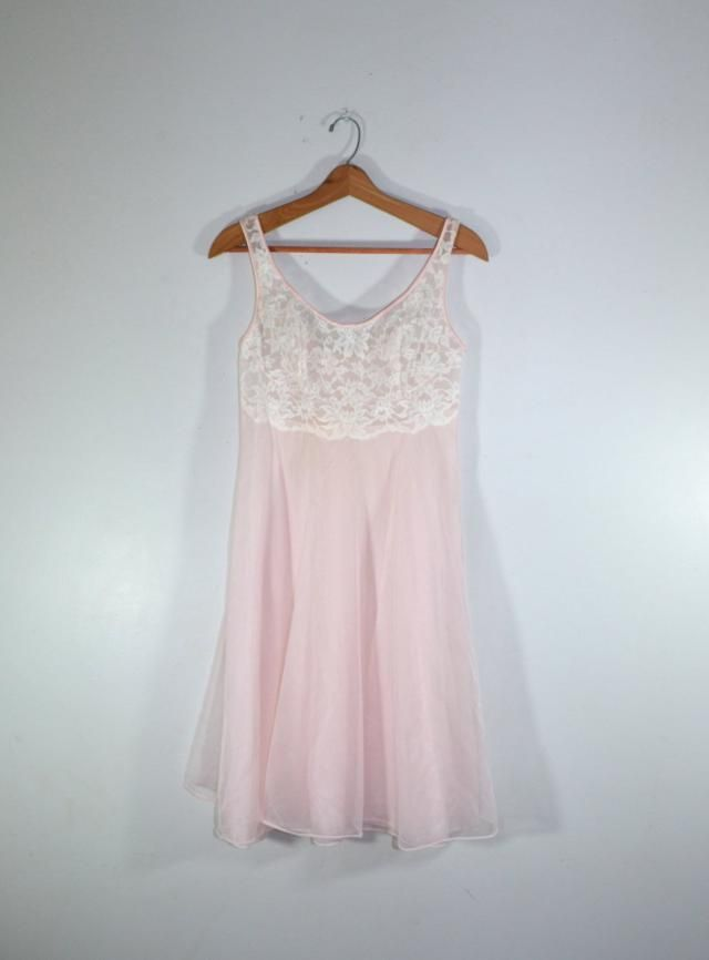 Pink Nightgown Baby Doll Nightgown Short Pleated Nightgown 1950s Lingerie  Valentines Day Gift Wedding Honeymoon dafa15cf5