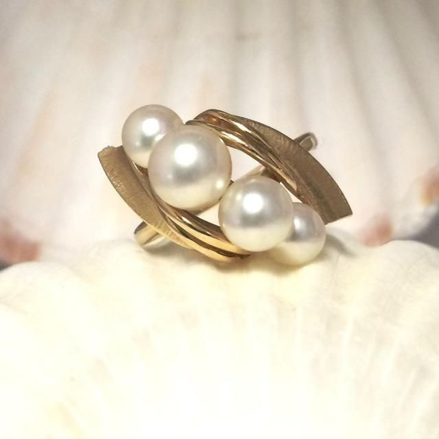 Pearl Ring Gold 30th Anniversary Gift Push Present June Birthday For Girlfriend Jewelry Idea