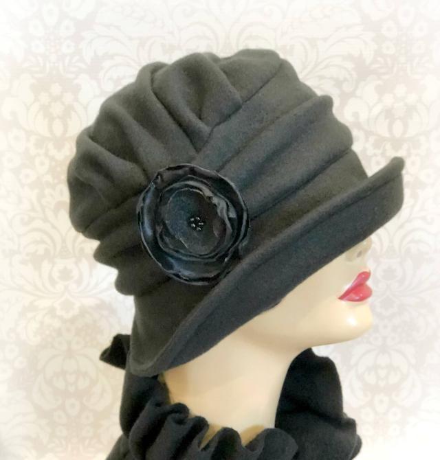 7fe819dcc8feb Winter Hat - Ready to Wear - Size Medium - Flapper Style Cloche - Black  Fleece