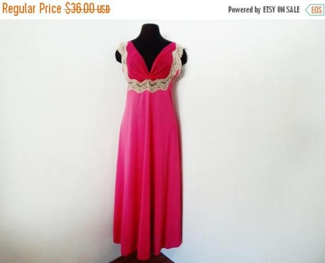 STOREWIDE CLEARANCE Vintage 60s Magenta Nightgown Luxury Lingerie Hot Pink  Negligee   Lace Hollywood Glamour S 318dde7d9