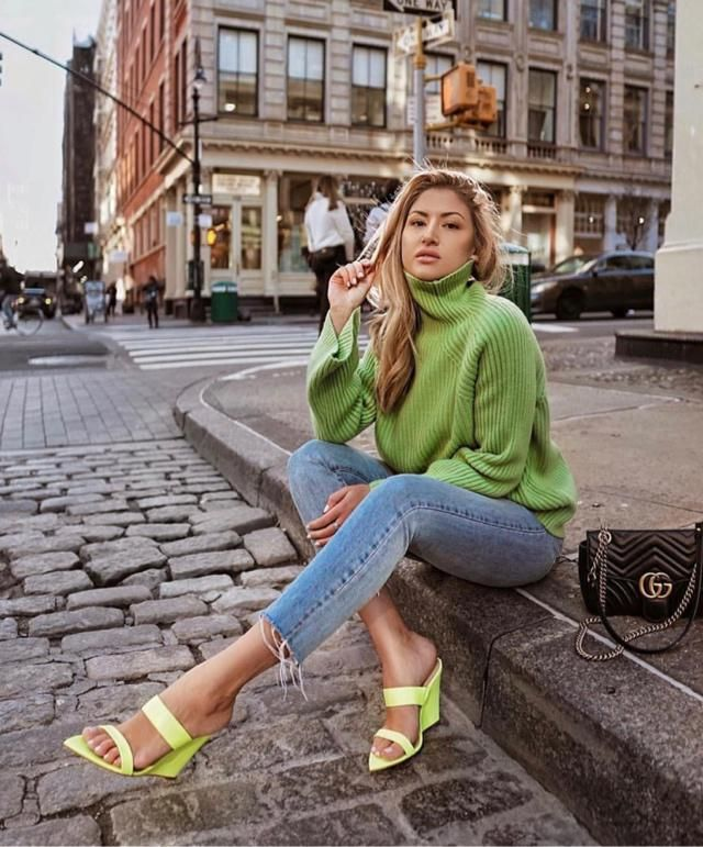 Stand out with bold colors… neon green. Buy the look here at Zaful