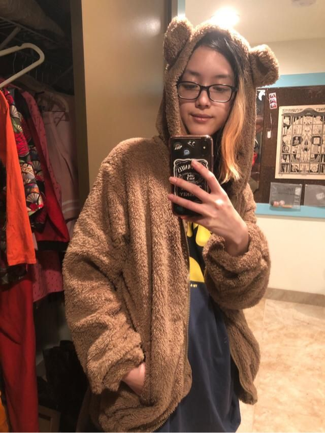 10/10 would recommend, fav jacket on zaful so far great for both casual and at home wear, has a poofy oversized look e…