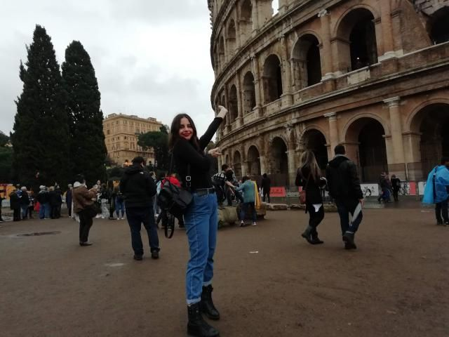 here's my casual but chic inspired outfit that made me feel supaaa cute while sightseeing the beautiful Colosseo …