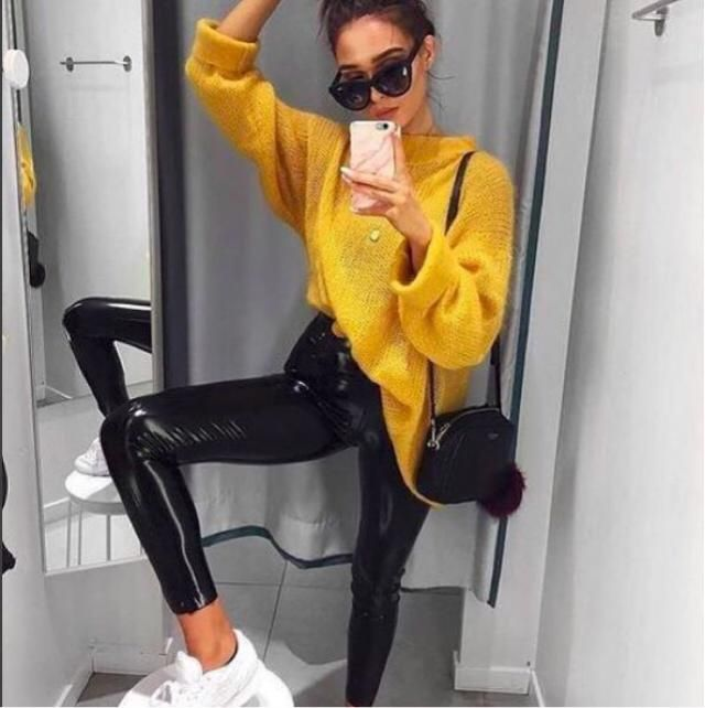 WOW I love this yellow sweater and black pants, and the best is that I found a similar outfit here in Zaful ❤️❤️❤️❤️❤️…