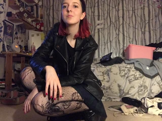 Another grungy look to be slightly dressed up for college, now it's getting warmer (in Februa…